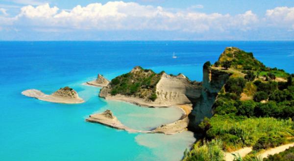 Korfu ekskursioonid, autorent ja hotellid.
